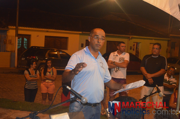 Maestro Miguel, idealizador do projeto social.