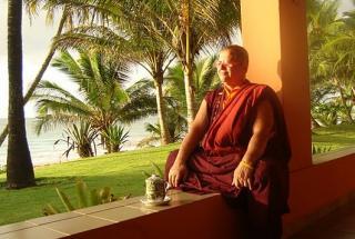 A monja budista Ani Zamba: ensinamentos a dividir
