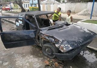 Veículo foi removido para o pátio da prefeitura. (Marechal Notícias)