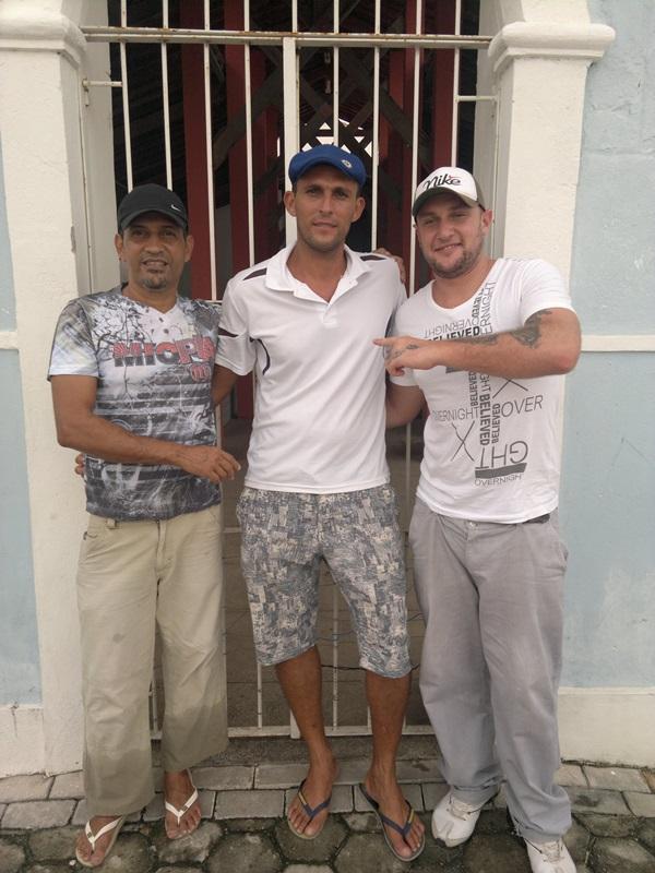 Jal da Colônia, ao centro, com José Caldas e Luiz Eleutério