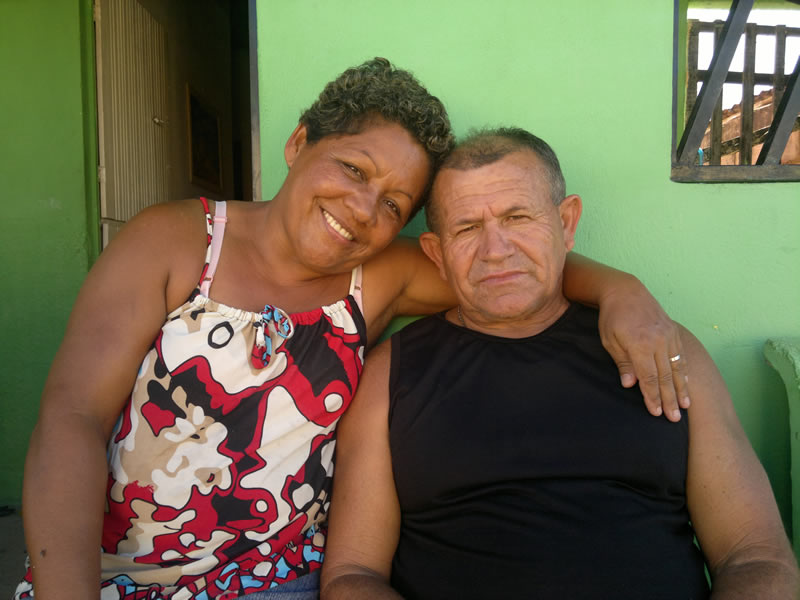 Dona Nice ao lado do seu esposo Zito. (foto: André do MN)