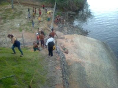 Corpo foi localizado próximo a ponte da Massagueira. (foto: cortesia)