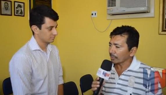 Secretário Euclides Filho, durante entrevista ao repórter Eli Correia.