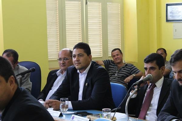 De autoria do vereador Marcelo Moringa (PSDC) a matéria tramitou com os pareceres favoráveis do Legislativo