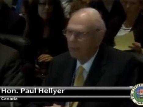 Ex-ministro da Defesa, o canadense Paul Hellyer se define como o único político de primeiro escalão a atestar a existência de óvnis