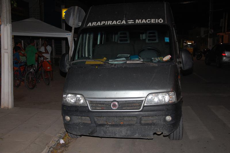 Van seguia com destino a Arapiraca.