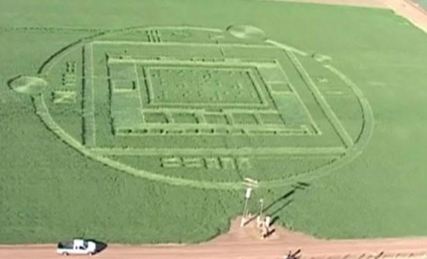 Enorme círculo foi feito em Salinas Valley, perto de Monterey