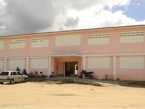 Prédio do regime semiaberto foi interditado por falta de estrutura em 2011. (Foto: Divulgação/SGAP)