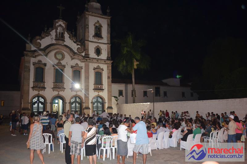Projeto Sextas Clássicas acontece no Largo do Convento Franciscano. (foto: André do MN)