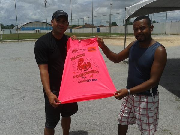 André do MN e Fio do bloco Caranguejo que já sai no próximo sábado.