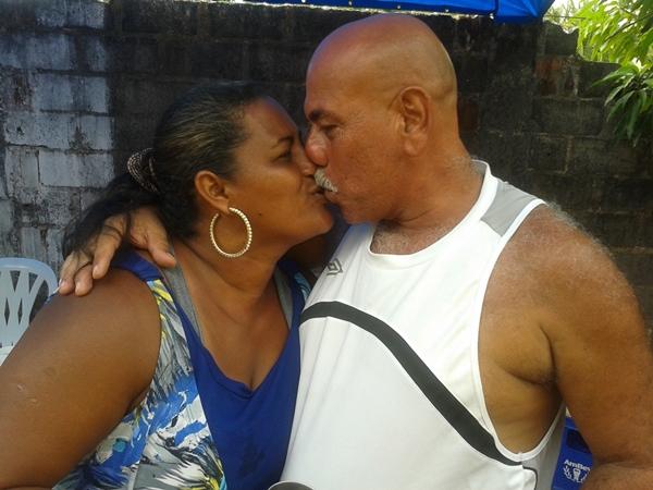 Lobão e sua esposa durante sua festa de aniversário.