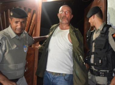 Policiais conduziram, na ocasião, o acusado para a Central de Polícia. (Foto: André do MN)