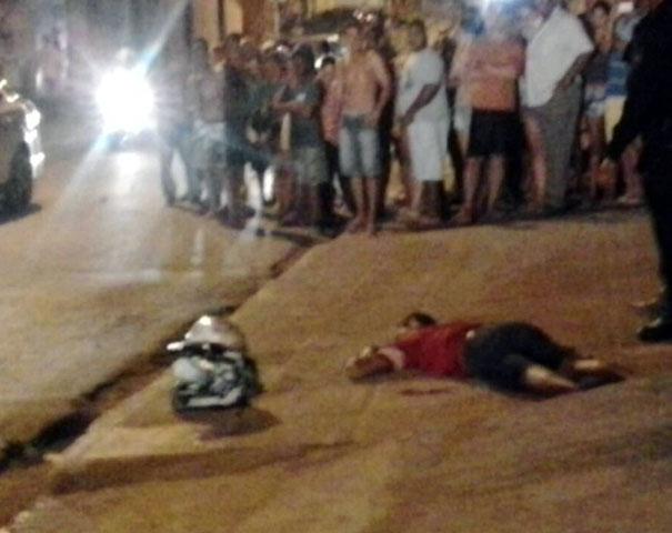 Adolescente foi atingido durante troca de tiros (Foto: Cortesia/Carlos Diego)