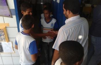 Vereador Del Cavalcante cumprimentou os alunos da escola. (Foto: André Marechal)