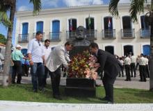 Prefeito Cristiano Matheus, ao lado dos vereadores Del Cavalcante, Marcelo Moringa e Júnior Lopes.