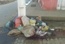 Lixo estaria sendo colocado diariamente no local. (Foto: cortesia/internauta)