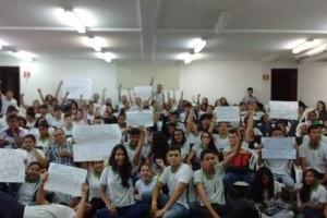 Por unanimidade, alunos decidiram pela paralisação. (Foto: divulgação)